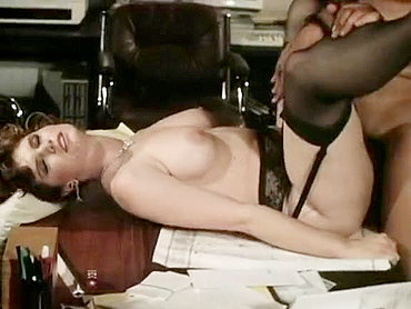cps0017001 Passionate office fuck in a classic xxx video